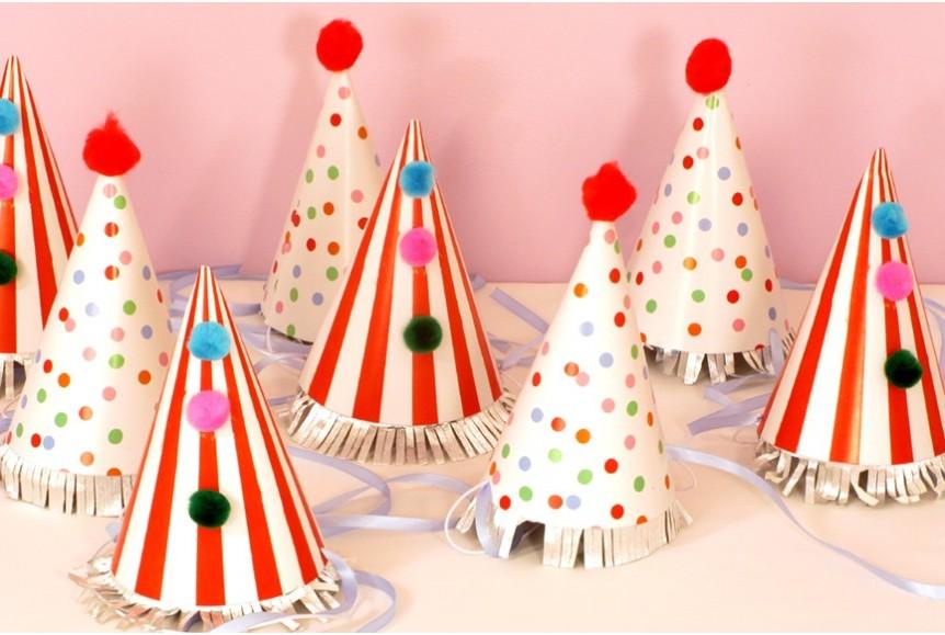 chapeaux pointus anniversaire children spots stripes. Black Bedroom Furniture Sets. Home Design Ideas