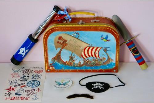 Valise Capitaine Sharky avec accessoires de pirates