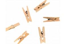 24 petites pinces à linge en bois